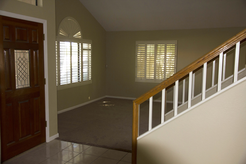 (5) Living Room