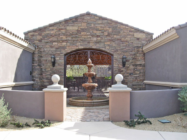 Comm-Fountain