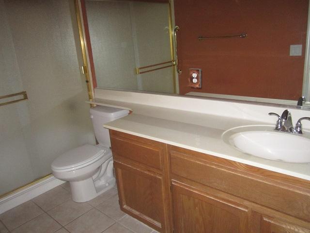 15 Hall Bath