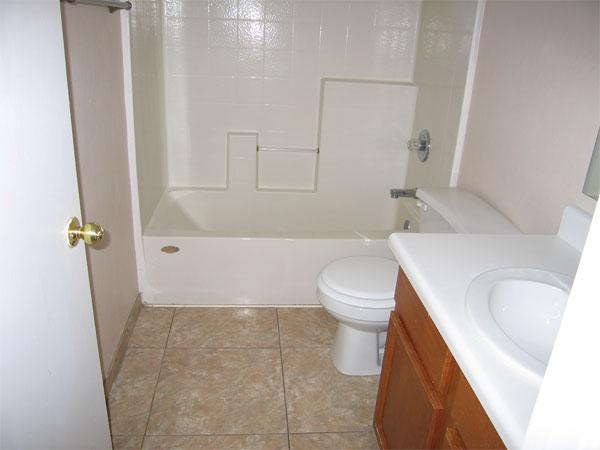 Hall-Bath